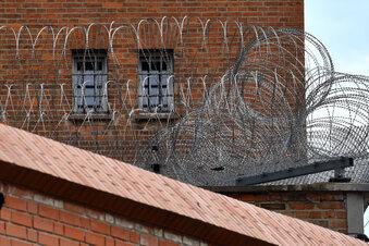 Wie konnte Stephan B. in der Haft fliehen?