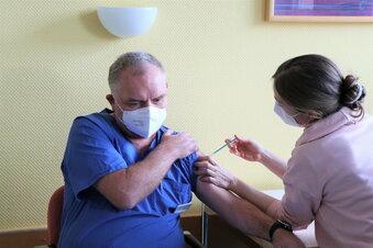 Ärzte und Mitarbeiter werden geimpft