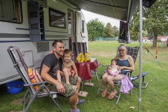 Glückliche Camper