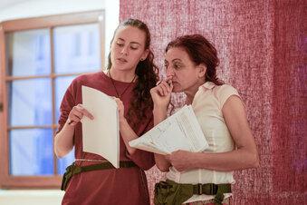 Über Grenzen gehen: ein Theater-Experiment