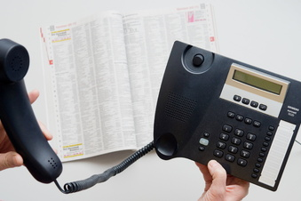 Unbekannte betrügen Dresdner am Telefon