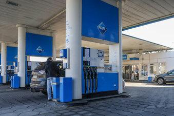 Corona: Tankstellen verkaufen mehr Sprit