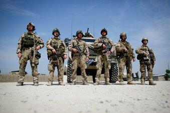 Nato verschiebt Afghanistan-Entscheidung