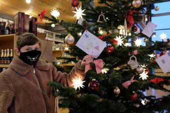 Weihnachtsbaum voller Wünsche