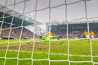 Dynamos K-Block boykottiert Auswärtsspiel gegen St. Pauli