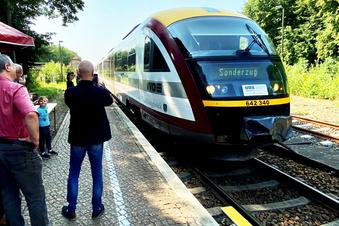 Bernsdorf begrüßt Seenlandbahn