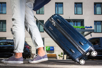 Hilbert sagt Dresdner Hoteliers Hilfe zu
