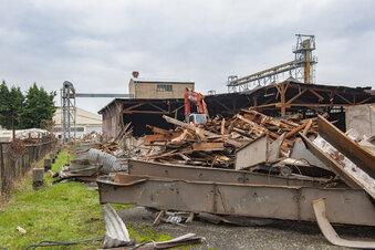Abriss für neuen BayWa-Stützpunkt