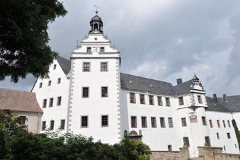 Neue Bühne im Schloss Lauenstein