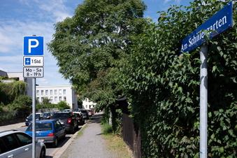 Schillerplatz-Parken: Dresdnerin kritisiert Stadt