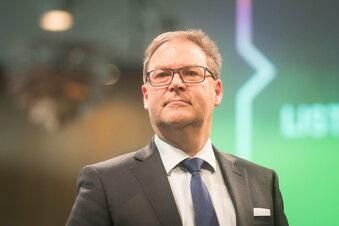 """Sachsen-Fußballchef kritisiert Politik: """"Das Verbot ist falsch"""""""