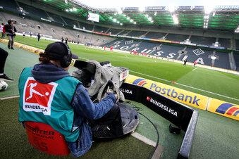 Bundesliga ab Mai mit Geisterspielen?