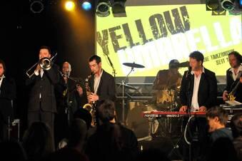 Yellow Umbrella produziert Anti-Pegida-Song
