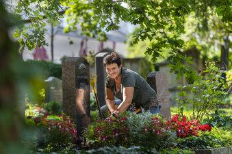 Die eigene Grabpflege schon zu Lebzeiten auswählen