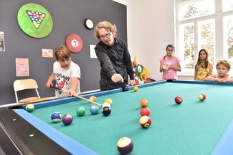 Anstoß in Freitals neuem Kinder- und Jugendtreff