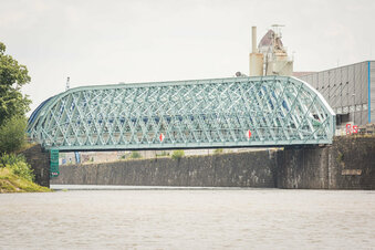 Hüllen an Hafenbrücke sind gefallen