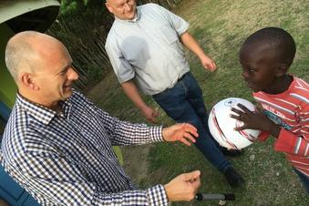Glashütte setzt Kenia-Partnerschaft fort