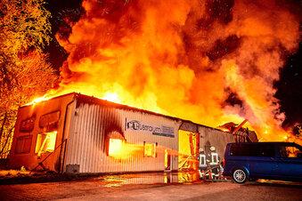 Autowerkstatt verliert bei Brand alles