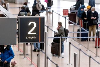 Regierung ruft zum Verzicht auf Reisen auf