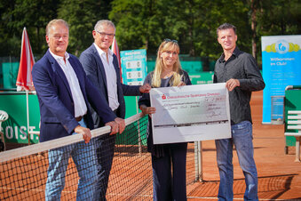 Dresdner Tennisklub hilft Comedy Club