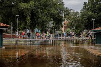 Jahrhundert-Hochwasser in Brasilien