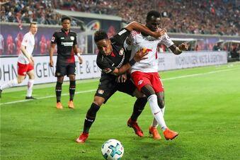 Leverkusen führt Leipzig vor