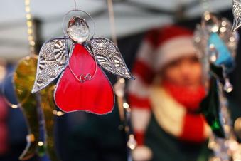 Radeberg plant Weihnachtsmarkt vor dem Rathaus