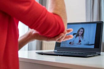 Arztbesuch in Pflegeheimen immer häufiger digital
