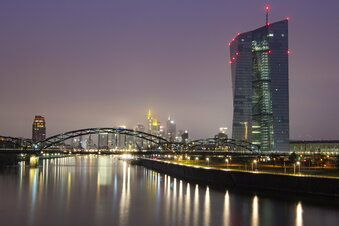 EZB hält Leitzins bei null Prozent