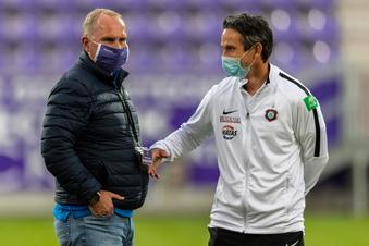 Aue-Trainer Schuster meldet sich krank