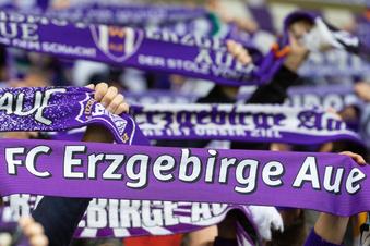 Erzgebirge Aue trauert um Ex-Torwart