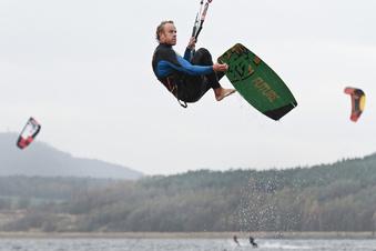 Wieder Kitesurfen am Berzdorfer See?