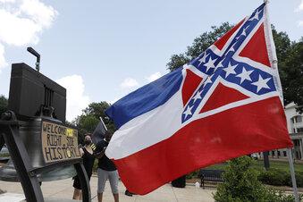 Mississippi trennt sich von seiner Flagge