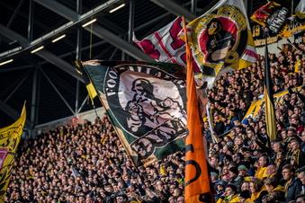Dynamos aktive Fanszene kehrt in K-Block zurück