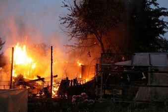 Feuer in Kleingartenanlage
