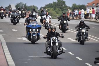 Behinderungen durch Motorrad-Demo