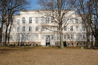 Landesgymnasium räumt Internat