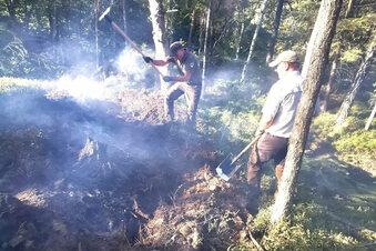 Sächsische Schweiz: Der Wald brennt noch immer