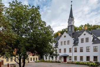 Braucht Schloss Burgk mehr Parkplätze?