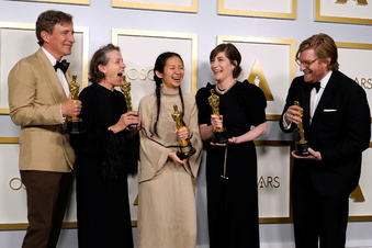 """Drei Oscars für """"Nomadland"""""""