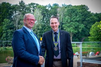 Chefarzt an der Spitze des Rotaryclubs