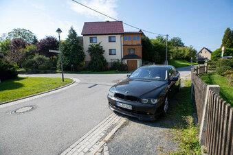 Der rätselhafte schwarze BMW