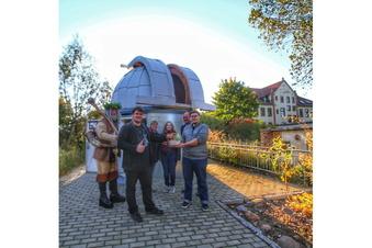Trödelmarkt bringt 4.100 Euro für Riesas Sternwarte ein