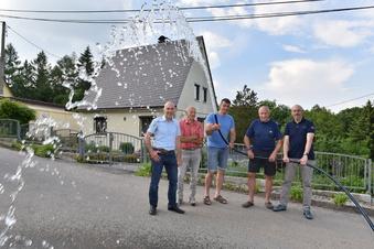 Endlich Trinkwasser auf dem Dorf