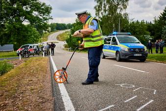 Schwere Kollision in Biker-Gruppe