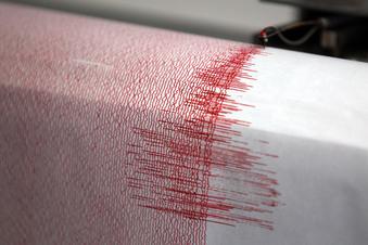 Erdbeben erschüttert Grenzregion