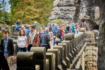 Sächsische Schweiz: Touristen wieder da