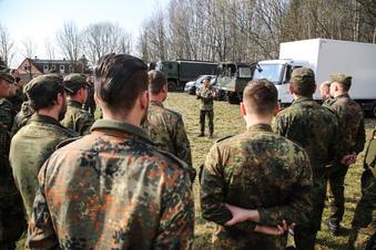 Warum die Bundeswehr nach dem Stau noch bleibt