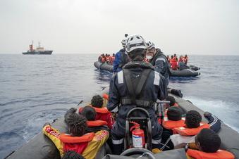 """""""Sea-Watch 4"""" in Sizilien festgesetzt"""