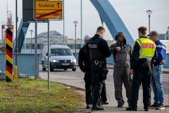 """Seehofer: """"Schließung der Grenze nicht beabsichtigt"""""""